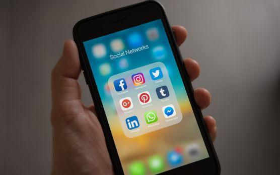 Umfrage von Instinctif Partners zeigt: LinkedIn wichtigster Social-Media-Kanal für Asset Manager, Facebook wird unterschätzt / © Pexels