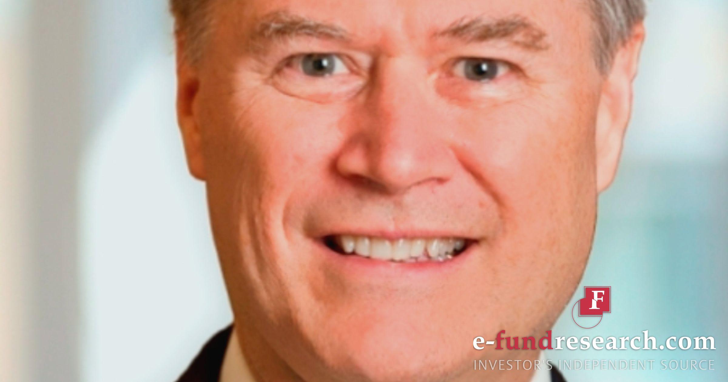 Axa rosenberg investments define net worth of investments